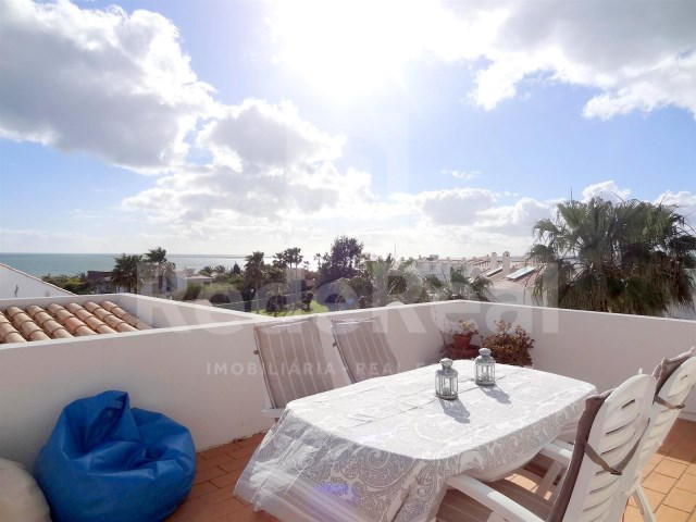 Sea view 3 bedroom apartment sea view for sale in Algarve