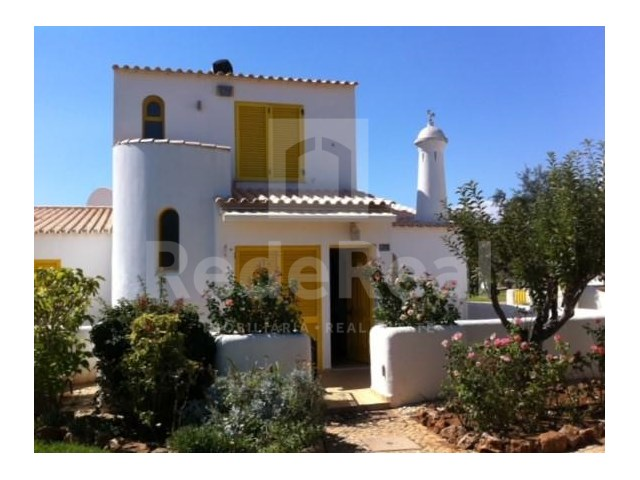 Overview of semi-detached house for sale in Vilamoura