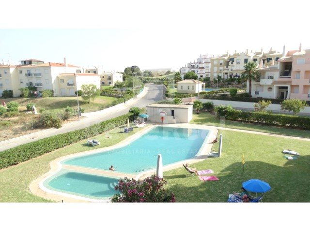 2 bedroom apartment in Albufeira-exterior condo