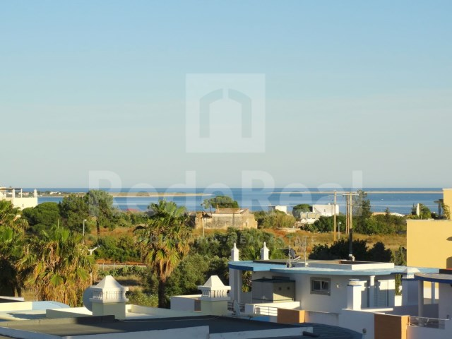 3 bedroom duplex apartment in Olhao-sea view