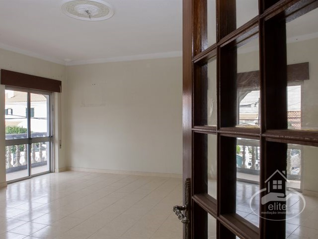 3 bedroom apartment with excellent areas in Quinta do Conde | 3 Bedrooms | 2WC
