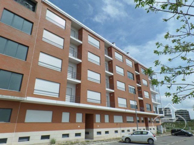 Beautiful 2 bedroom new apartment to debut near the forum Montijo | 2 Habitaciones | 1WC