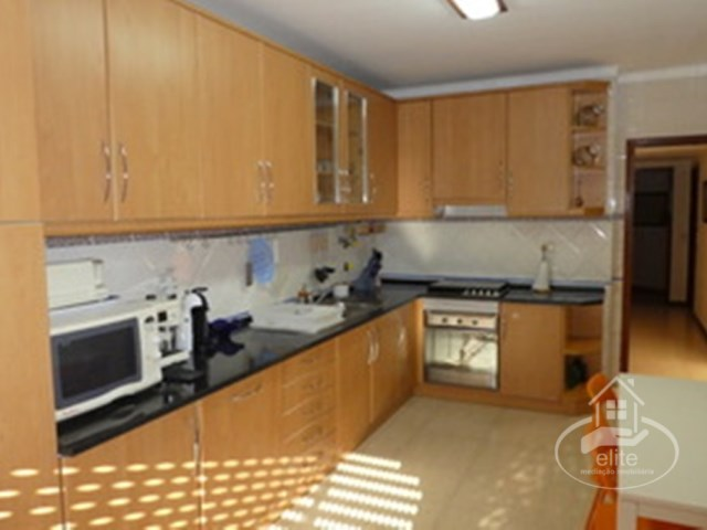 Excellent apartment furnished and equipped in the central part of the city | 3 Bedrooms | 2WC