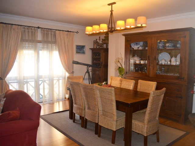 3 bedroom apartment with garage in gated community, near the Hospital, for sale