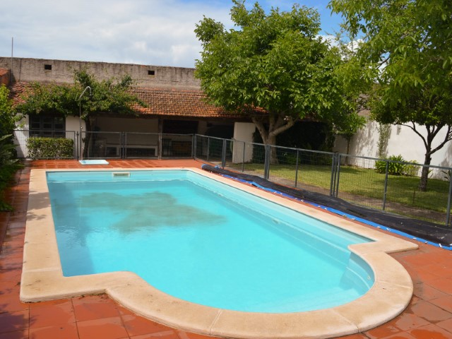 3 bedroom villa with swimming pool less than 1:00 from Lisbon and the beach, for sale
