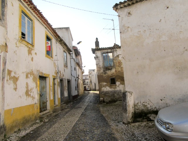 2 Storey building to retrieve, in Santarém, for sale
