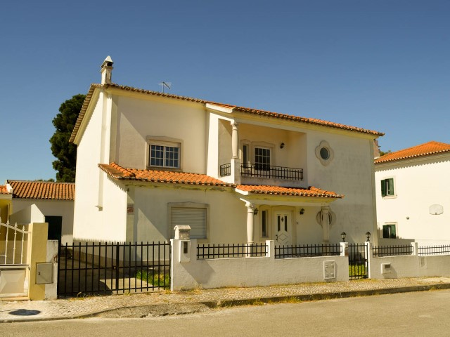 House 4 Bedrooms Santarém