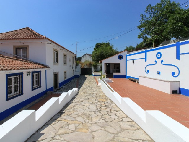 3 bedroom villa of rustic style, near Santarém, less than 1 hour from Lisbon, for sale