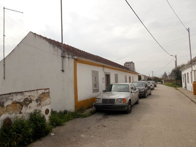 House  › São Vicente do Paul e Vale de Figueira
