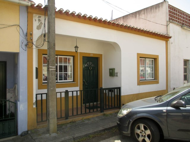 House 3 Bedrooms › Benfica do Ribatejo