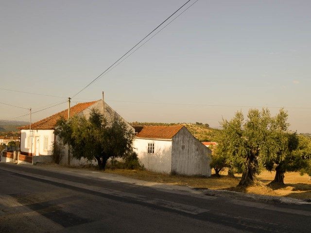 House 3 Bedrooms 2 Floors with Annexes and Land, Near Alcanede, For For sale