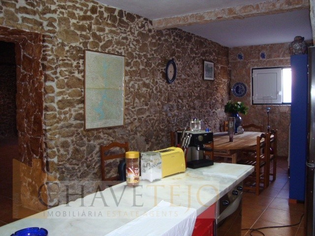 Farm 5 Bedrooms › Areias e Pias