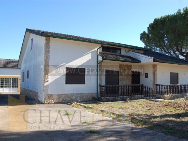 House 3 Bedrooms › Paialvo