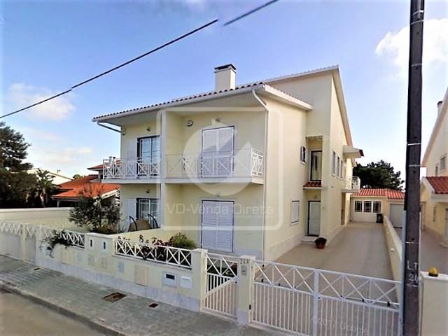 Die Bank Immobilien-3-Schlafzimmer Villa in Runde Fernão Ferro - VD ...