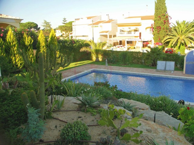 Villa with 4 bedrooms, only a 10 minute walk to the beach | 4 Bedrooms | 5WC