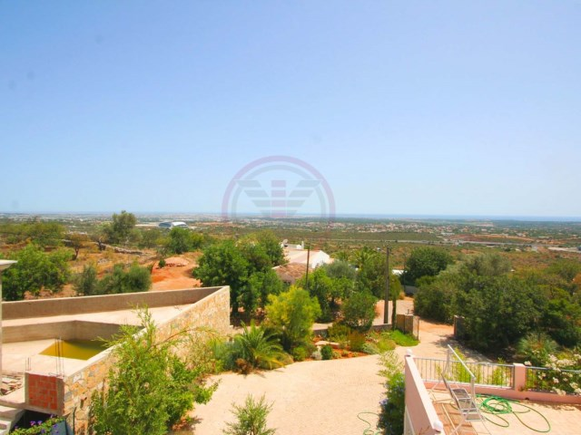 4 bedroom villa with fantastic sea views, and 15 minutes from beaches | 4 Bedrooms | 4WC