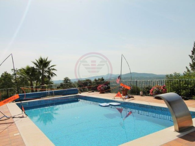 Villa set in large plot with sea views, swimming pool and 4 bedrooms | 4 Bedrooms | 4WC