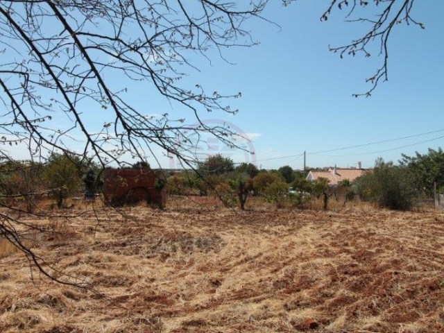 Plot of land for construction with sea and countryside views |