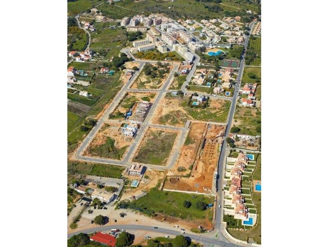 Urban plots of land for construction  |