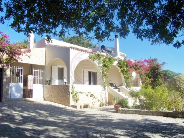 Traditional villa with sea views and 3+1 bedrooms | 3 Bedrooms + 1 Interior Bedroom | 3WC