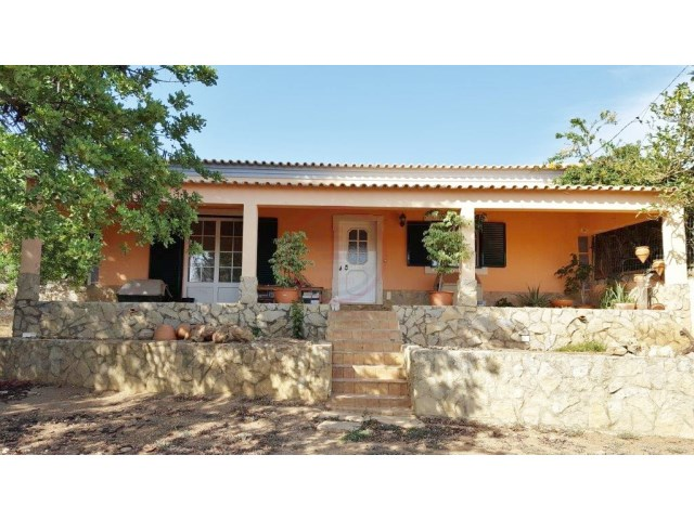 Traditional villa in São Brás de Alportel | 3 Bedrooms | 2WC
