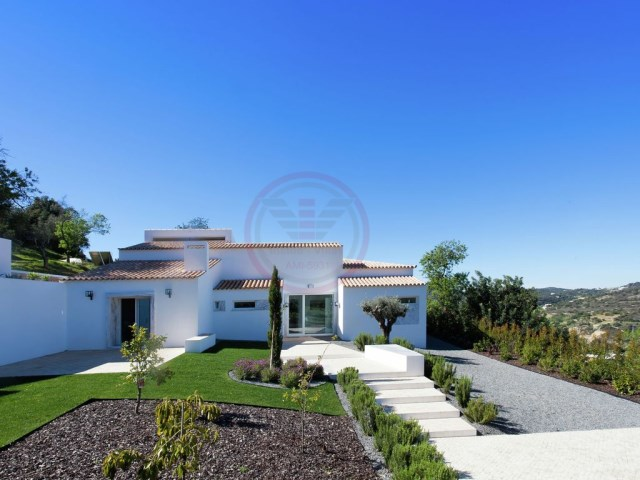 Villa with 3 bedrooms, sea views and swimming pool near Estoi | 3 Bedrooms | 2WC