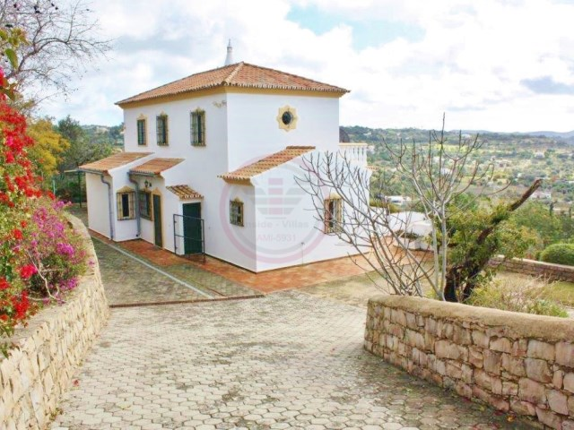 Traditional villa near Loulé with 3 bedrooms and land | 3 Bedrooms | 3WC