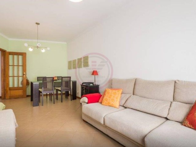Apartment with 2 rooms in Faro, ideal to monetize | 2 Bedrooms | 1WC