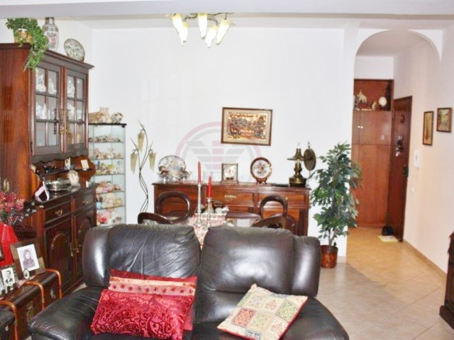 Apartment for sale in Olhão with 3 bedrooms | 3 Bedrooms | 1WC