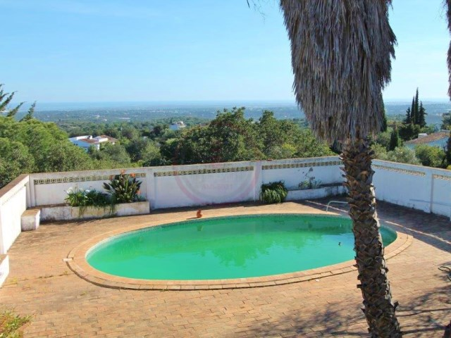 3+1 bedroom villa with sea views, pool and annex, near Estoi | 3 Bedrooms + 1 Interior Bedroom | 3WC