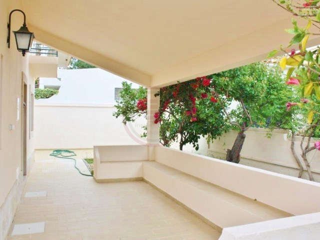 Villa with 4 bedrooms in Olhão, 1.5 km from the pier | 4 Bedrooms | 3WC