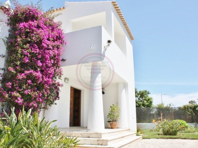 Villa with 4 bedrooms and pool in Vilamoura | 4 Bedrooms | 4WC