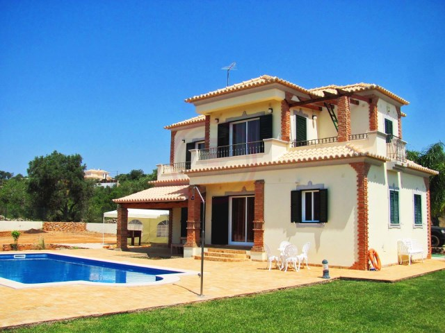 Villa near Loulé with 3 bedrooms and swimming pool | 3 Bedrooms | 3WC