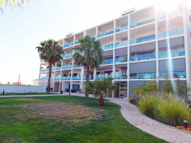 Apartment with 3 bedrooms, sea view, swimming pool and gym | 3 Bedrooms | 2WC