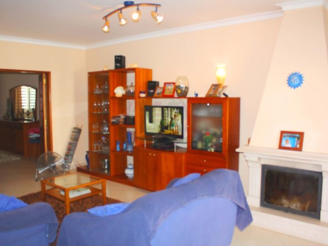 Townhouse with 3 bedrooms in excellent condition in Olhão | 3 Bedrooms | 2WC