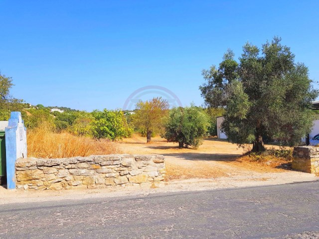 Plot of land for construction of villa with up to 450sqm |