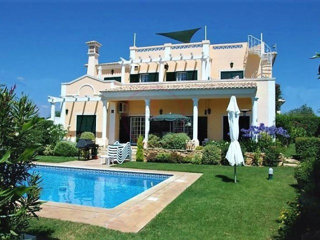 Villa with 4 bedrooms, sea views and swimming pool near Loulé | 4 Bedrooms | 3WC