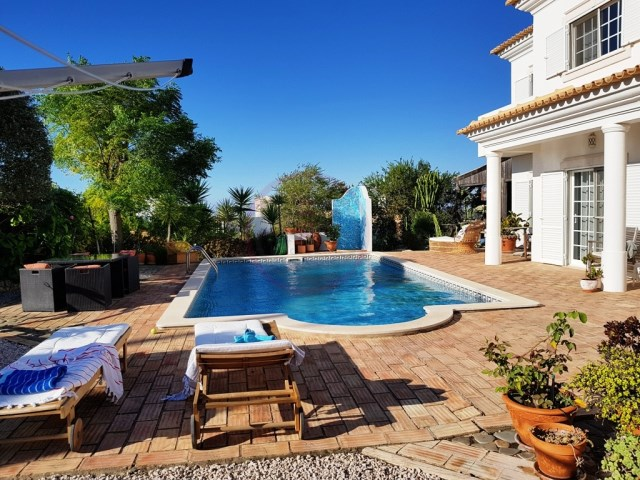 Villa with 4 bedrooms, sea views and pool in Loulé | 4 Bedrooms | 5WC