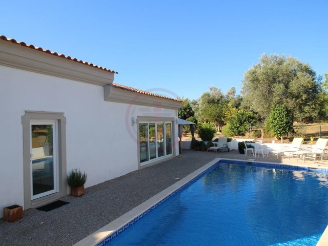 Villa with 3 bedrooms and swimming pool, in São Brás de Alportel | 3 Bedrooms | 4WC