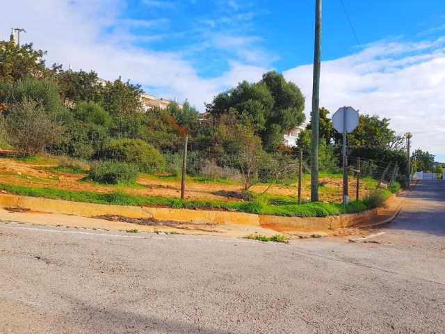 Plot for construction of Villa with pool near Almancil |