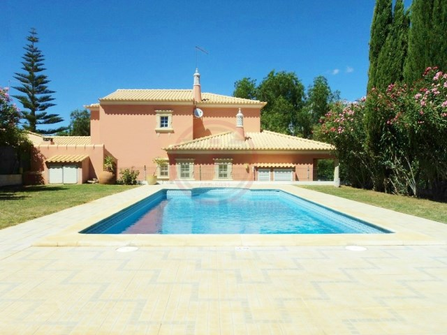 Villa with 3 bedrooms and swimming pool near Loulé | 3 Bedrooms | 3WC