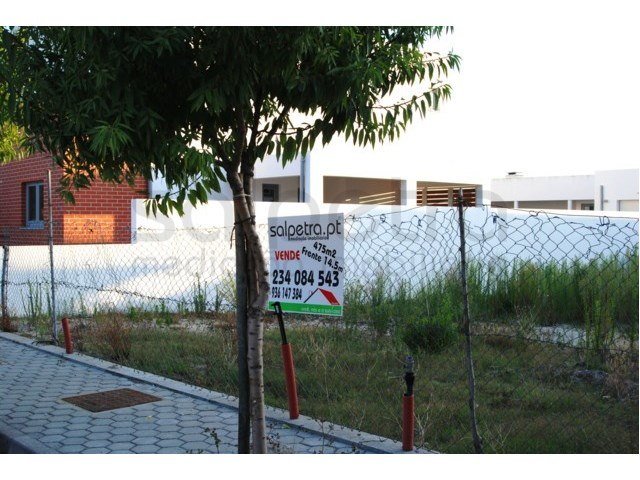 Lot for detached villa