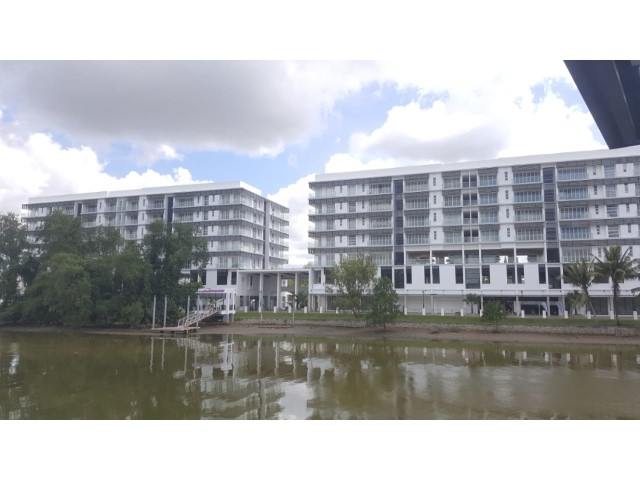 Three Bedrooms One Riverside Apartment Gadong A