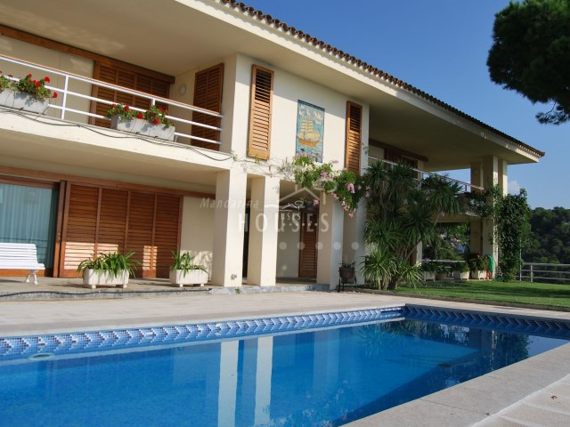 House for sale with pool, Tossa de Mar
