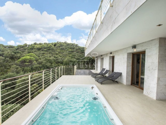 luxury with seaviews lloret de mar