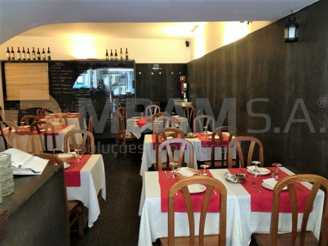 2f4e36560 Restaurant situated at the Foz Velha - MBAM Real Estate - PA1641