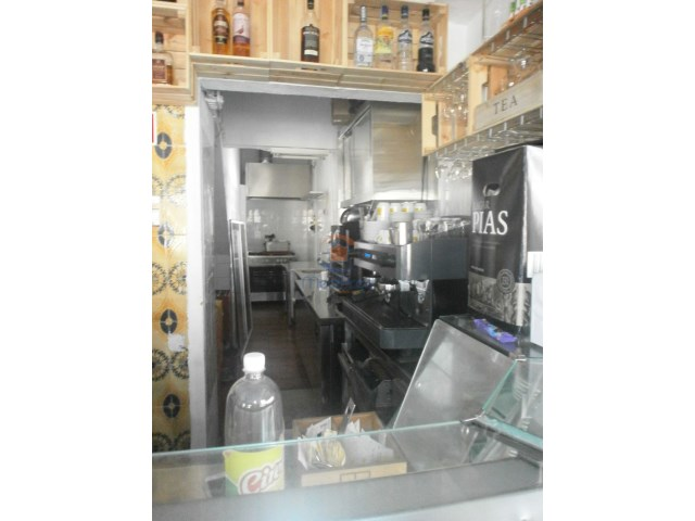 Coffee Shop / Snack Bar › Odivelas |
