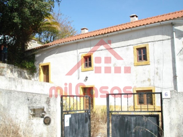 House 2 Bedrooms › Sobral de Monte Agraço