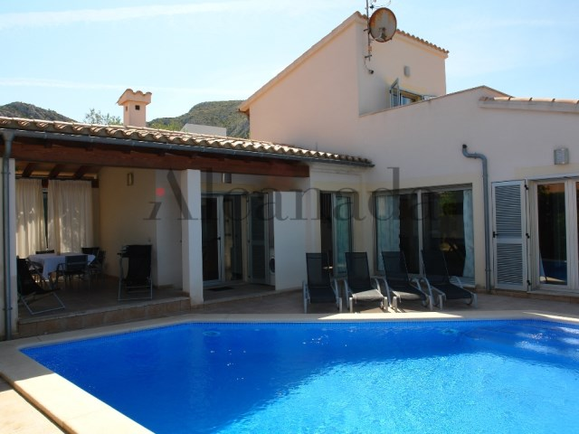 Villa with pool in Bonaire, Alcudia_swimming pool_01