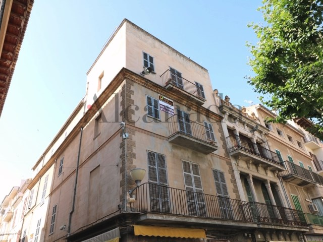 Building for sale in Plaza Mayor of Sa Pobla_01
